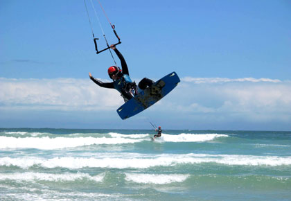 Guided and Safe Kitesurfing